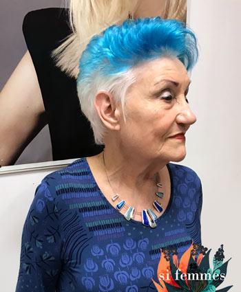 Bleus, mes cheveux…  Et alors