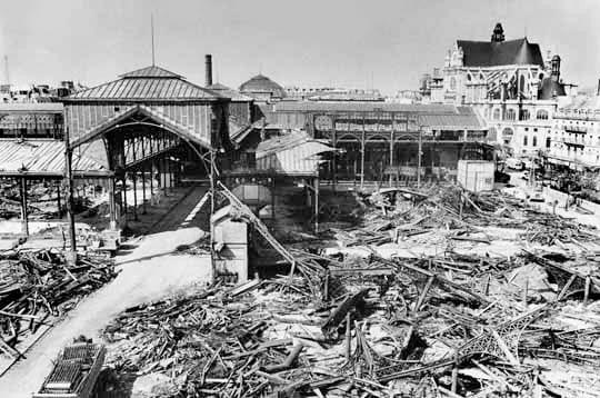 Destruction des anciennes Halles de Paris